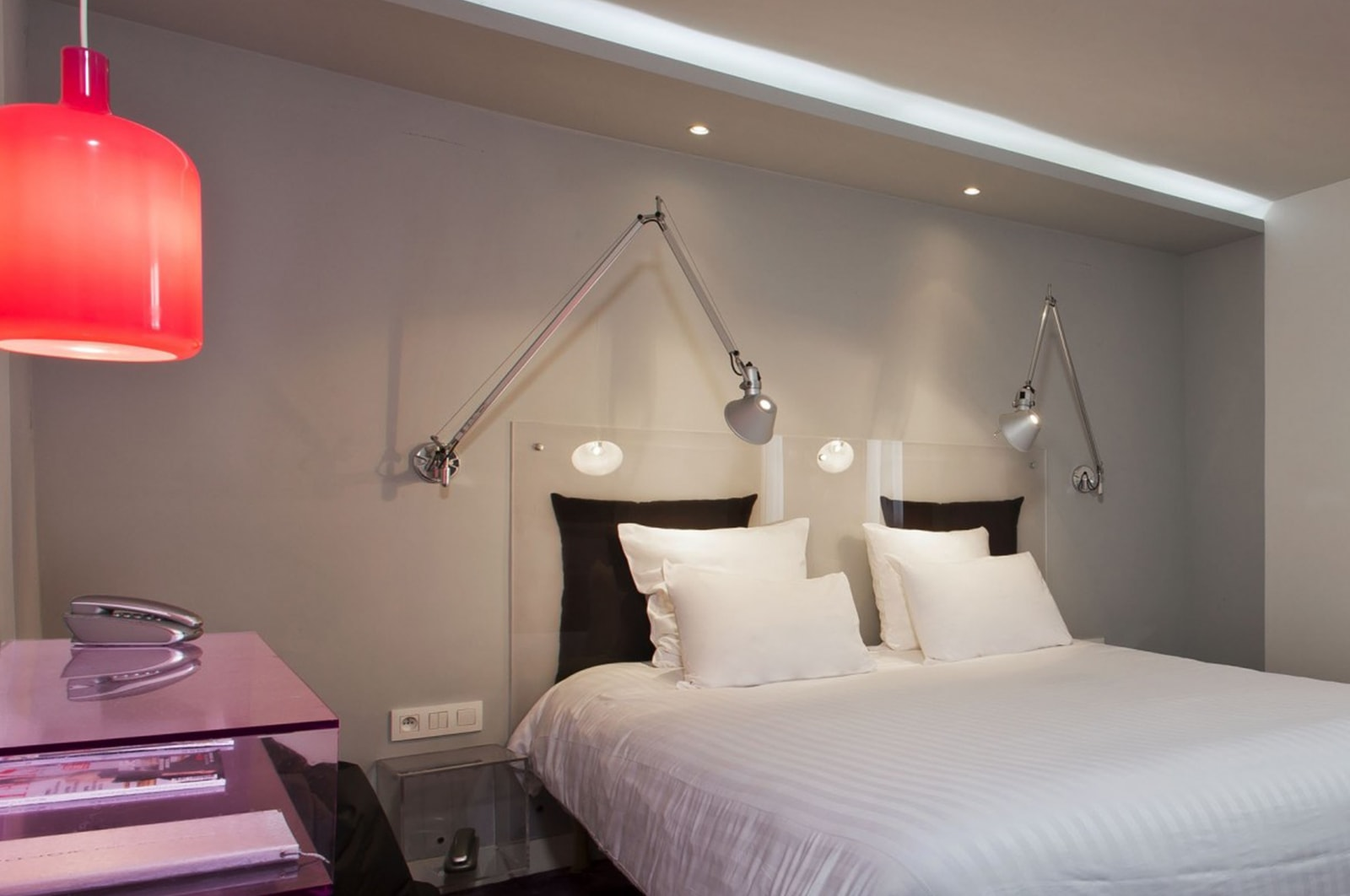 Matrimoniale de luxe color design hotel paris gare for Color design hotel paris